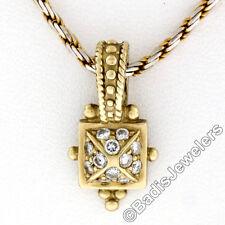 Petite 18ct Oro Amarillo 0.26ctw RACIMO DE DIAMANTES Pirámide POTENCIADOR