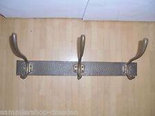 25569 Bauhaus Kleiderhaken Hakenleiste Messing Hammerschlag Art Deco 43cm brass