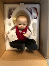 "Franklin Mint Christmas 8"" Porcelain Portrait BABY DOLL New in Box w/ Tags"