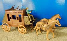 STAGECOACH WITH HORSES and COWBOY PLAYSET 1:24/1:32 scale ALL NEW