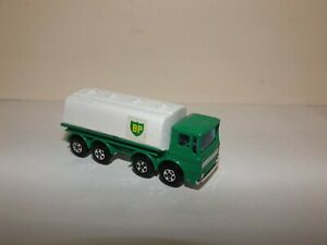 MATCHBOX TRANS. S/F NO.32-A LEYLAND TANKER GREEN/WHITE,'BP' NM UNBOXED