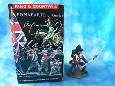 King & Country retired - NA130 - British coldstream guards kneeling to repel