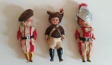 Lot poupees anciennes / soldats de garde suisses