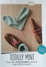 KNITTING PATTERN Mens Simple Socks Textured Cosy Socks Sirdar DK PATTERN
