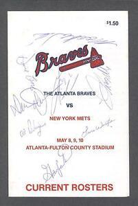 Atlanta Braves vs New York Mets 1987 signed roster program with Gary Carter (11)
