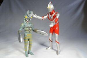 "Alien Baltan Ultraman PVC Figure Set of 2  ( 7.5""  '94)  ( 9.2""  '96)"