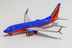 1:400 NG 77002 Southwest Airlines 737-700/w N252WN <Canyon Blue livery; with SW
