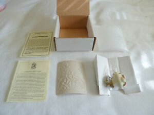 NIB Mother Goose Porcelain Garden Lithophane Curved Night Light Baby Nursery USA