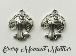 10 x Tibetan Silver FAIRY TOADSTOOL MUSHROOM FAIRY TOADSTOOL 22x19mm Charms