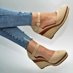 Damen Sandalen Sandaletten Schuhe Beige Sommer Keilabsatz Freizeitschuhe Neu