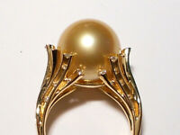 13.5mm rich golden South Sea pearl ring, diamonds, solid 18k yellow gold.