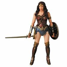 BATMAN SUPERMAN V: l'ALBA DI GIUSTIZIA Wonder Woman mafex Action Fig-Nuovo In Magazzino