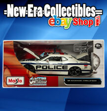 Custom Shop Diecast Collection 1:24 Scale Police Dodge Challenger Maisto 2011