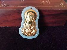 Magnifique Pendentif Bouddha Guan-yin en Jade Blanc-vert en plaqué Or