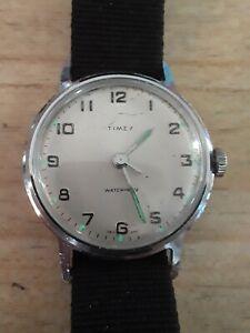 Vintage 1967 Timex Manual Wind Wristwatch* Runs Great!