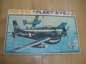 L209 Esci Model Kit 4046 - AD-4W Fleet Eye - 1/48