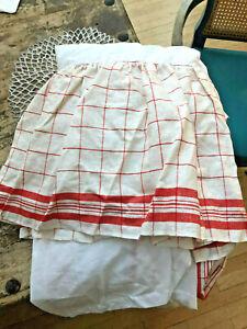"""Garnet Hill 100% Linen Queen Bed Skirt, 14"""" Skirt Drop, Red + White Plaid NWOT"""