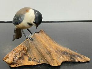 VTG Signed Carved Wood Painted Bird Model Decoy Folk Art Statue Sculpture