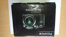 FUJIFILM FINEPIX S4700 with Acessorries and 8gb card -NEW in box - Free Shipping