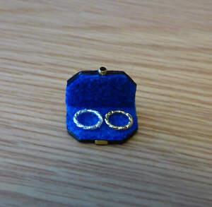 1/12, Dolls House miniature Bracelets in real Leather case Jewellery dresser LGW