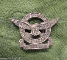 #D249.  ROYAL  AUSTRALIAN AIRFORCE TRAINING  CORPS  BUTTONHOLE  BADGE