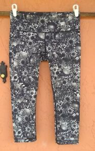 Lululemon Floral Capri Cropped Leggings Women's Size 6
