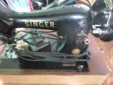 "Singer 221- Featherweight Sewing Machine ""TESTED"" (500)"
