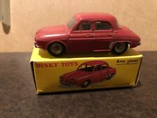Dinky Toys Renault Dauphine Avec Glaces 524