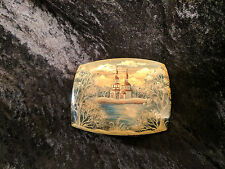 """VINTAGE FEDOSKINO LACQUER PAINTED SQUARE BOX """"MONASTERY ON THE LAKE"""""""