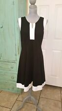 SIGNATURE BY ROBBIE BEE SLEEVELESS STRETCHY BLACK & WHITE FIT & FLARE DRESS, L