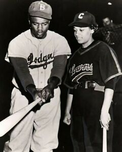 CONNIE MORGAN JACKIE ROBINSON 8X10 PHOTO INDIANAPOLIS CLOWNS B DODGERS BASEBALL