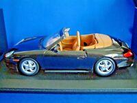 UT MODELS  WAP 021 009 97 - 1/18th 1998 PORSCHE 911 CARRERA CABRIOLET - BLACK
