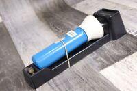 alte Taschenlampe Typ 6250 DDR Notleuchte blau weiß AKA Electric Halterung Artas