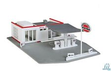 Walthers #931-920  Trainline HO Gas Station,  building  Kit  HO SCALE FREE POST