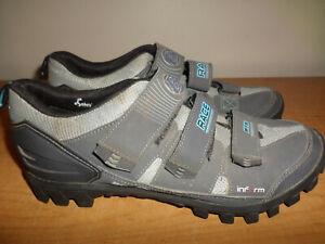 Bontrager Women's Size 10 Race Mountain Bike Shoes MTB Inform Esole Gray+ Clips