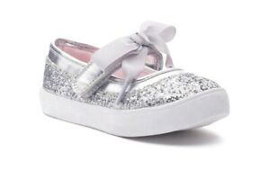 Carter's girl's toddler shine 2 Mary Jane shoes 7M USA Silver