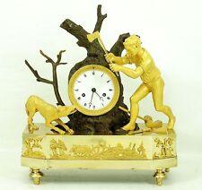 EMPIRE, HOCHFEINE BRONZE  UHR, FEUER VERGOLDET, ca.1790.TOP.