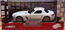Welly  Mercedes Benz SLS AMG in weiß ca.11 cm lang