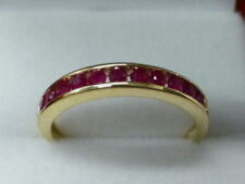 Anillos de joyería con gemas de oro amarillo rubí rubí