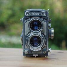 YASHICA-44 TLR (1959)