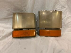 1980 – 1989 Cadillac Deville Turn Signal Cornering Lights Front Parking Pair