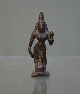 ANTIQUE INDIAN BRONZE MINIATURE PARVATI FEMININE POWER HINDU GODDESS C17th (1)
