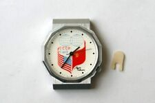 SOVIET WATCH RELOJ LUCH ЛУЧ CUARZO RELOJ NUEVO DISEÑO BANDERAS RUSSIA Y EE.UU!!