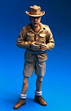 U-Models 1/35 French Indochina Soldier At Rest - Eating No.3 (1 Figure)