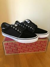 Men's Vans Chukka Low Pro Shoes - Black/White Size UK 8