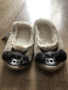 """SLUMBERZ BNWT Cat Character Slippers with Faux Fur Size 7-8  Length 9.5""""or 24cm"""
