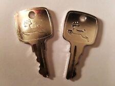 (2) JOHN DEERE KEYS, 2 KEYS #AR51481 with LOGO John Deere JD Heavy Equipment