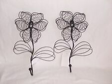Attractive Pair of Wire Flower Wall Mounted Coat Hooks 25 cm Coated Metal