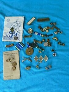 Military paper and insignia lot