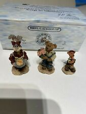 Boyds Bears Town Villages Bailey's Cozy Cottage Accessories Figures 19502-1